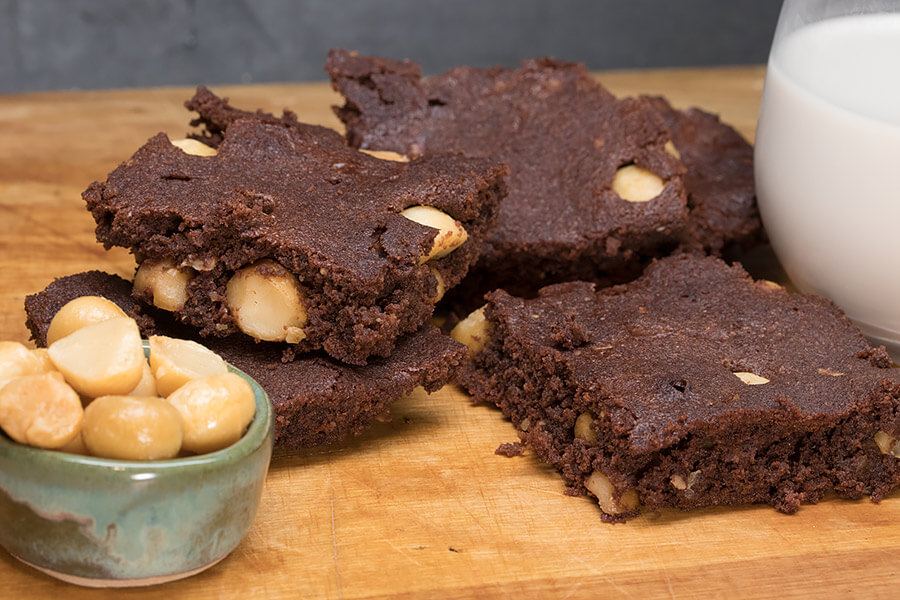 Low Carb Macadamia Nut Brownies