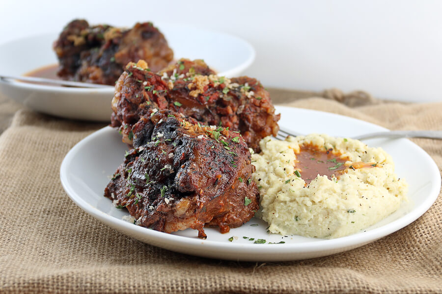 Keto Slow Cooker Braised Oxtails