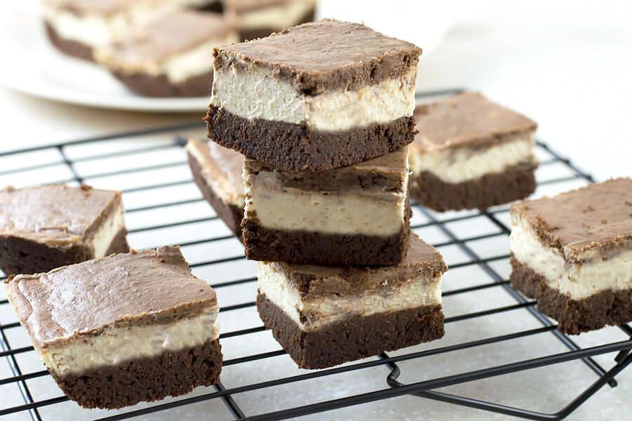 Mocha Cheesecake Bars
