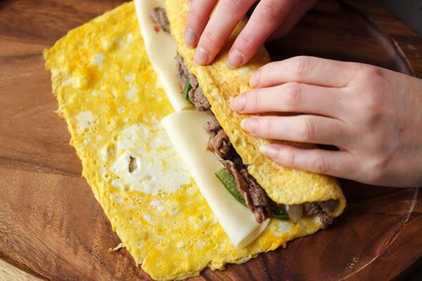 Keto Philly Cheesesteak Omelet