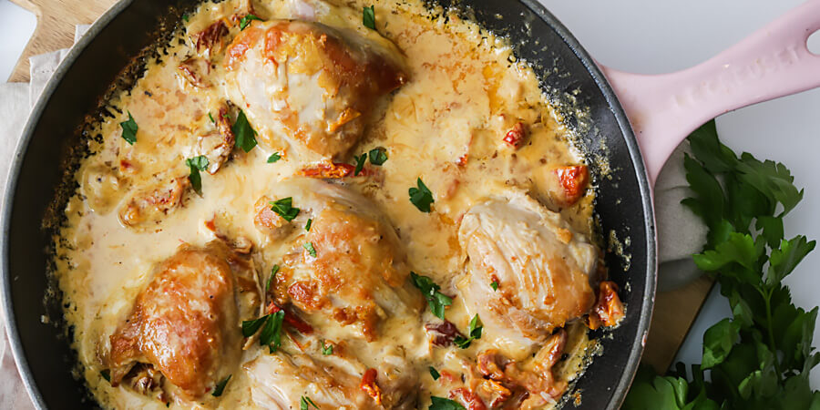 Keto Creamy Sun-Dried Tomato Chicken Thighs