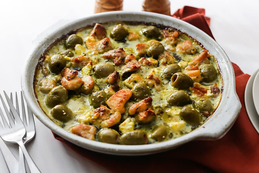 Keto Pesto Chicken, Feta, and Olive Casserole